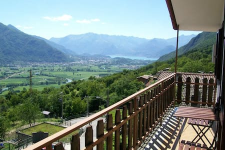 Panoramic apartment in Valtellina - Cino
