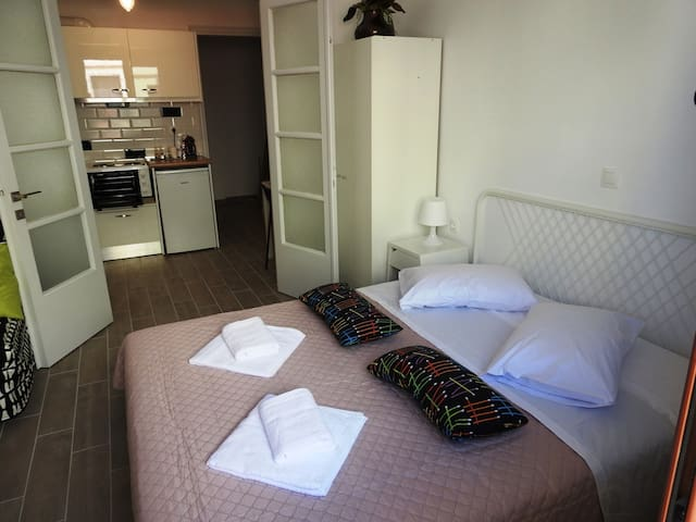 Freshly renovated  central apartment, Rhodes town