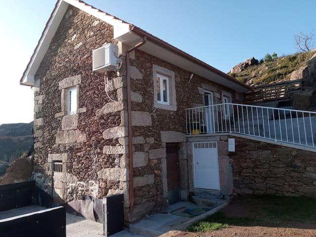 Casa  de ferias  , Paradela  Soajo,  PNPG