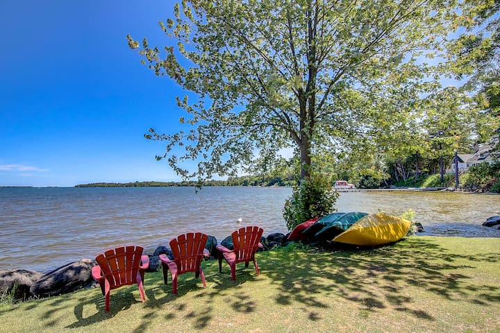 Spectacular Lakeview Cottage  at Lake Simcoe
