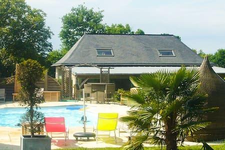 Villa 4 personnes avec piscine - Château-Gontier