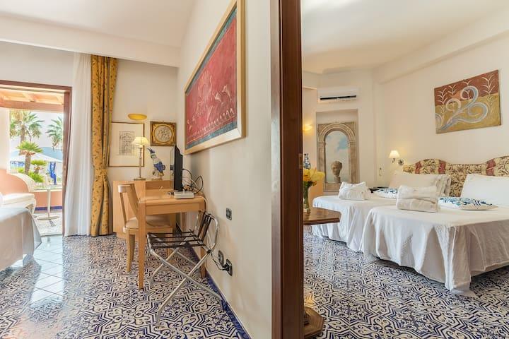Suite con Vista Mare in Hotel 4 Stelle