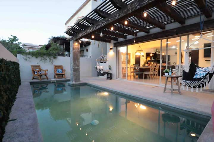 'NEW' Boho Cabo-Private Pool, 5 min to action