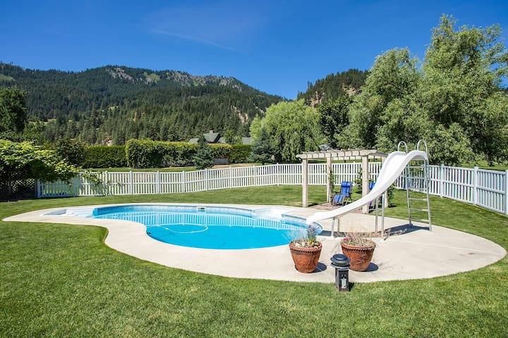 Large Home - Walking Distance to Town and Ski Hill - Leavenworth - Dom