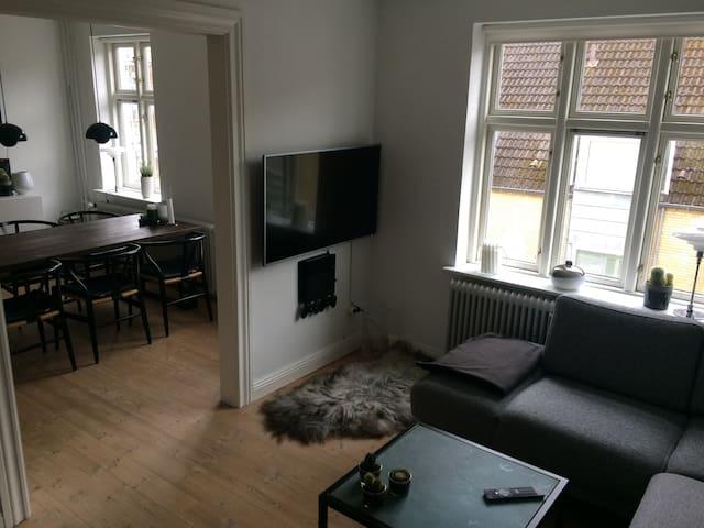 Skøn 70 kvm lejlighed i hjertet af Aalborg centrum