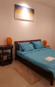 Private Studio (4m x 9m or 36 SQM)-center of PP.