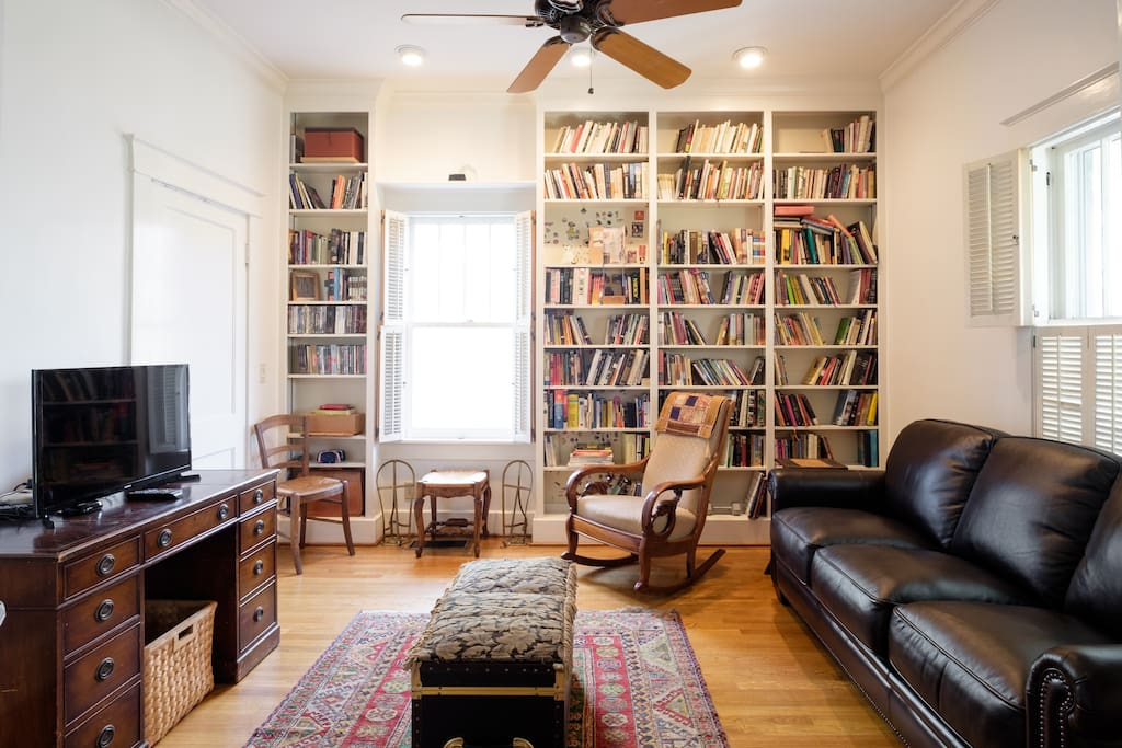 Library with 1/2 bath , private entrance, and comfy queen sleeper sofa