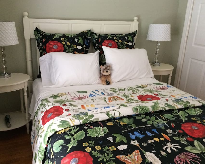New colorful linens from Pottery Barn.  (Dog is not real - just adding a bit of fun.)