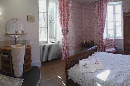 Chambres d'hôtes à la Villa Rhôna - Andancette
