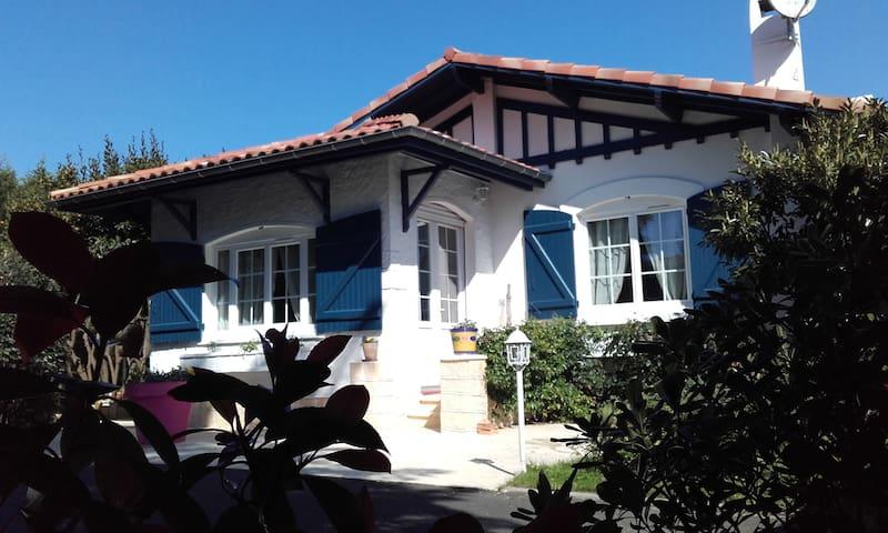 Villa Arcachonnaise, 2 ch., plage et port 500m - Gujan-Mestras - Villa