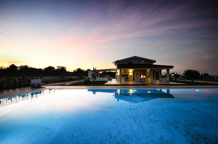 Villa Maria – prestigious villa with private pool