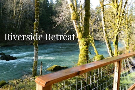 Riverside Retreat on the Sol Duc River, 15 minutes west of Lake Crescent - Port Angeles - Haus