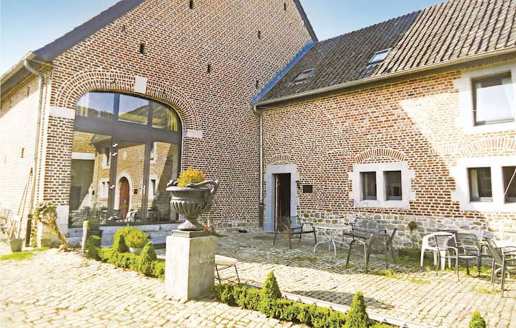 Holiday apartment with 3 bedrooms on 85m² in Richelle/Visé
