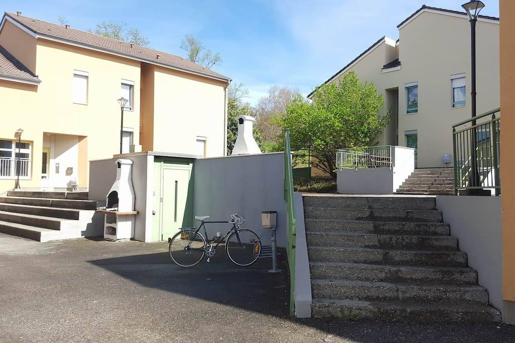 Différent bâtiment