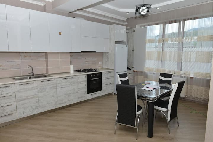 Modern & Cozy Apartment in center of Akhaltsikhe