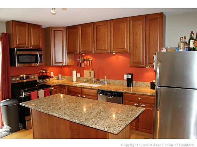 3BR Townhouse 2 blks from Main St. - Frisco - Maison de ville