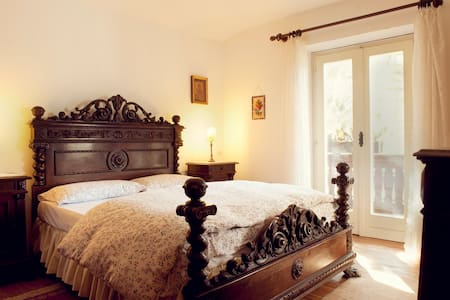 B&B Villa Dolomites Greeen FL Room - San Vigilio - Bed & Breakfast