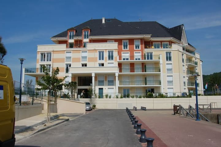 Duplex de charme sur la presque-île - Dives-sur-Mer - Appartement