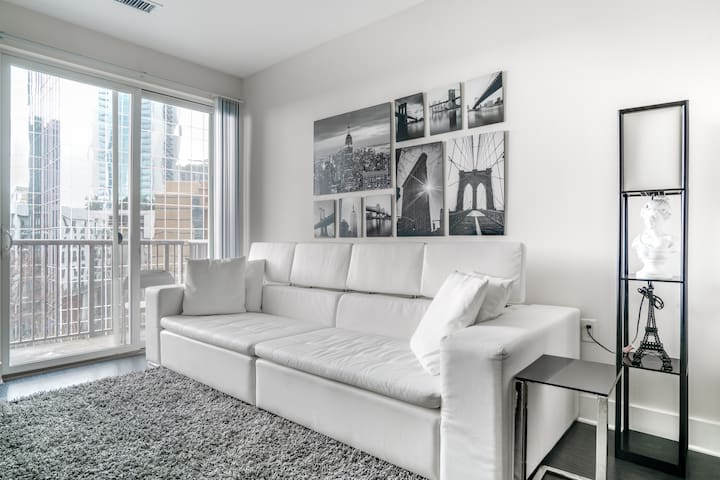 Discounted new 1bdr Luxury apt in the heart of Atl