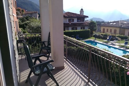 Exclusive Villa Aurora with pool - Colico