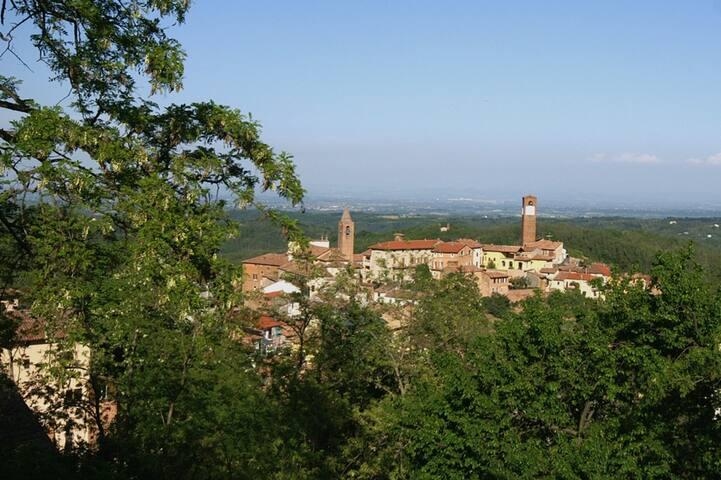 Aussicht auf historische Dorfkern vom Innenhof