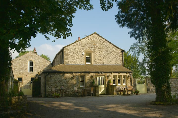 Studio 1,The Rectory,Linton,BD235HH - Grassington - Lägenhet