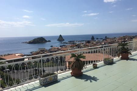 Attico panoramico con terrazza/Penthouse sea view - Aci Trezza