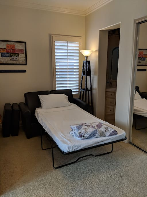Twin bed Sofa (open)