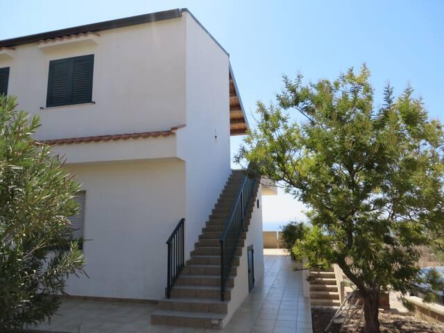 casa vacanze 'Orizzonte Infinito' - Ragusa - Appartement
