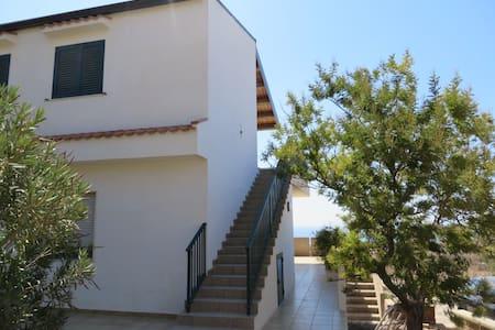 casa vacanze 'Orizzonte Infinito' - Ragusa - Apartamento