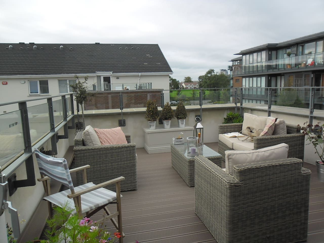Large balcony west facing.  View of Dublin mountains.