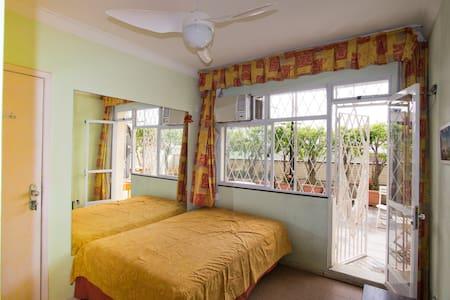 Discount Room 3- US -German Expat - Rio de Janeiro - Apartment