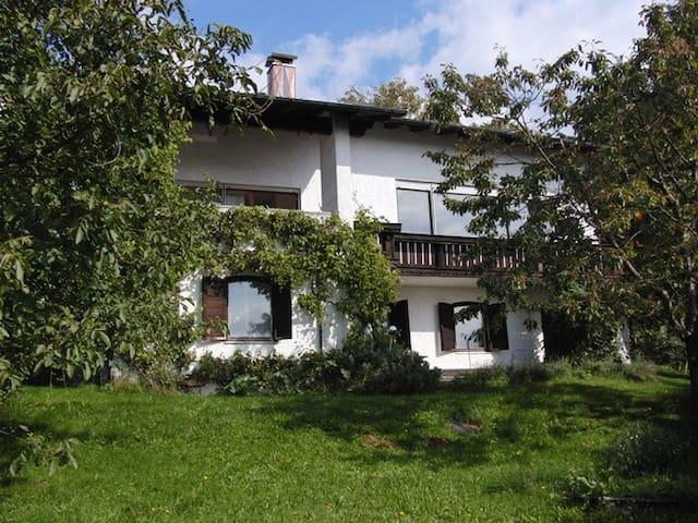Idyllisches Ferienhaus  - Wegscheid - Rumah