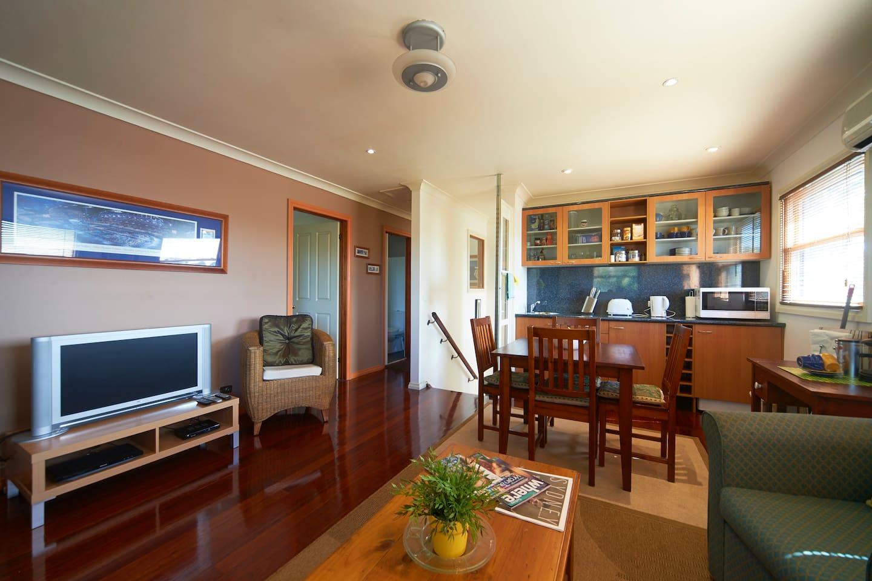 Main room, Kitchenette, lounge area.