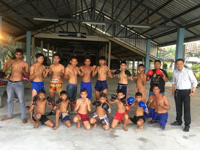 Thai boxing home at sea