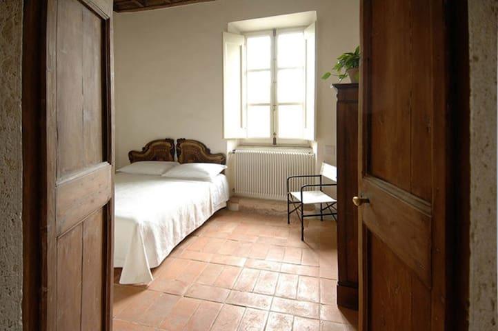 North-east bedroom
