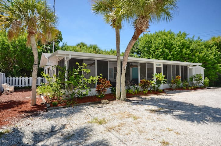 Cozy 2bd on Manasota Key in Florida