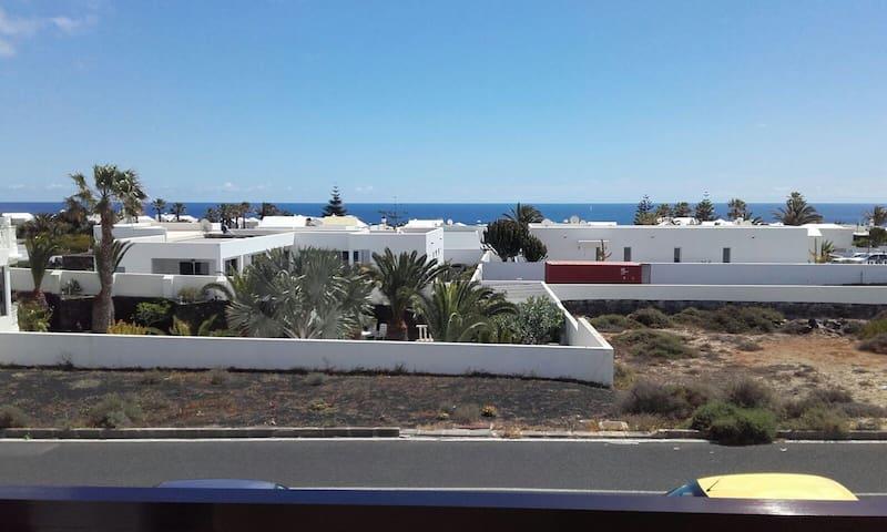 Coqueto apartamento con vistas al mar - Charco del Palo - Apartemen