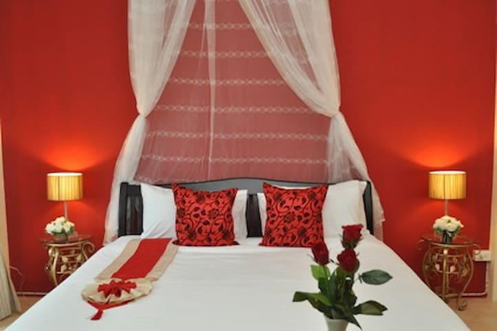 Elcidium Boutique Guesthouse Room2 - Mueang Phuket - Byt