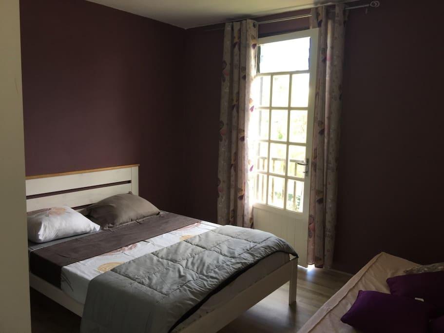 chambre 1  + petit lit