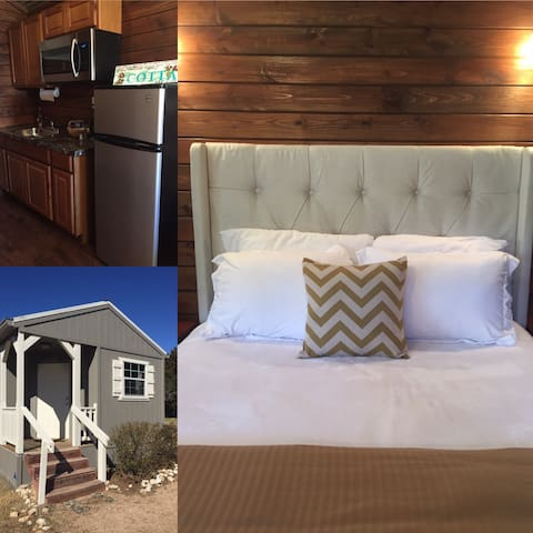 Tiny House#1@Gathering Oaks Retreat - Crawford - Cabana