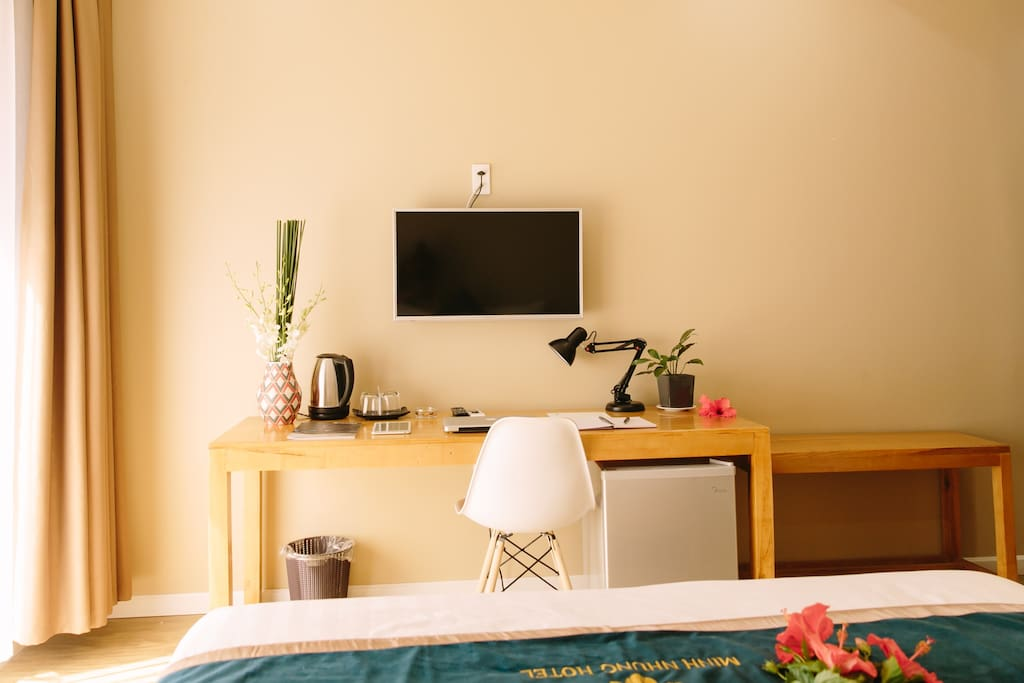 Suite Double with Bacony - Minh Nhung Hotel