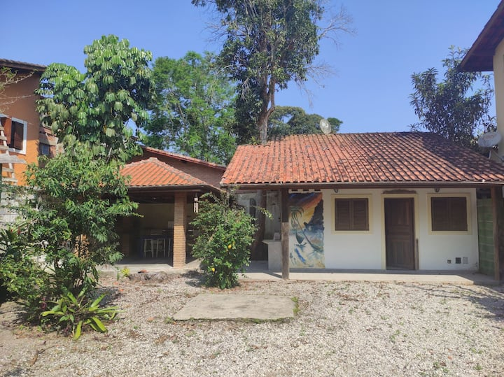 Casa na Vila da praia do Poruba, paraíso d Ubatuba