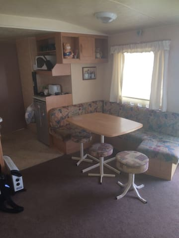 3 bedroom caravan  fab coastal views fab nightlife - Whitley Bay