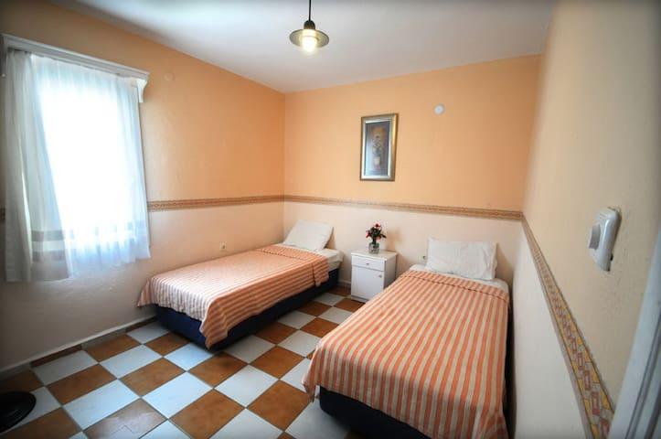Gümbet-Kaptan Kemal Apart Hotel - Bodrum - Apartment