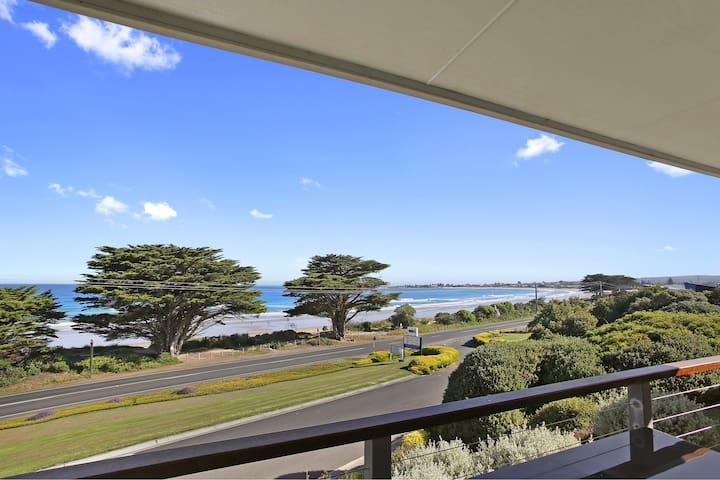 BIG4 Apollo Bay 2BR Ocean View Beach House 5 berth