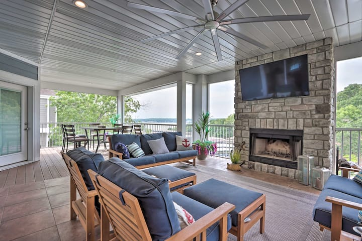 NEW! Luxe Osage Beach Lake House w/ Private Dock!