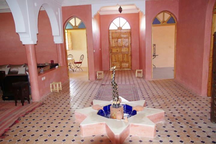 Villa Marrakech Ourika vu/l'Atlas - ourika - Huvila