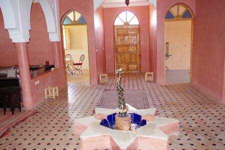 Villa Marrakech Ourika vu/l'Atlas - ourika - 別荘