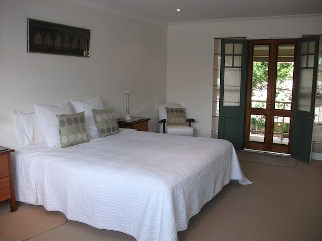Spacious Peaceful Retreat - Byron Bay - Appartement